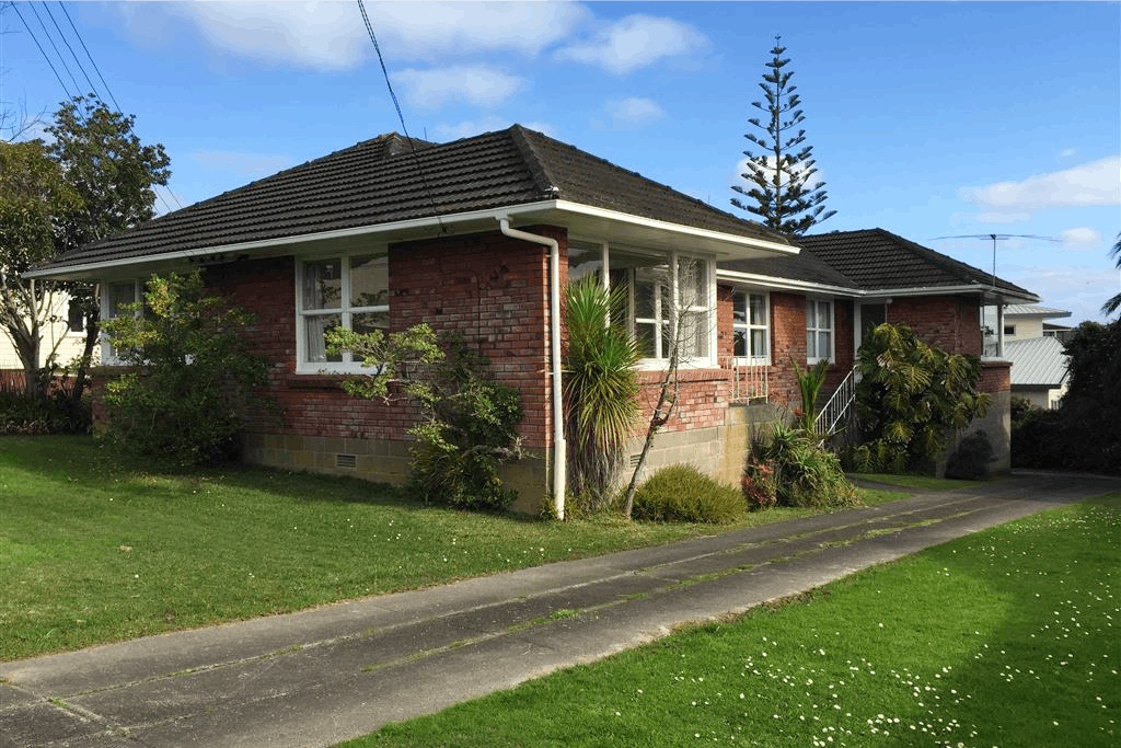 For Rent Hauraki 3 Bedroom House With A Single Garage Realestate Co Nz
